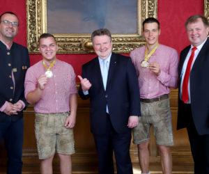 Bürgermeister Ludwig empfängt Betonbau-Weltmeister